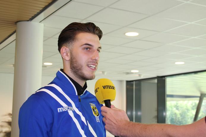 Özgür Aktas verhuist van NEC naar Vitesse