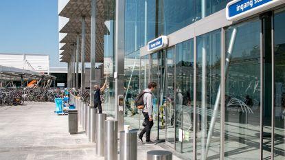 NMBS zet antiterreurpalen voor stationsgebouw