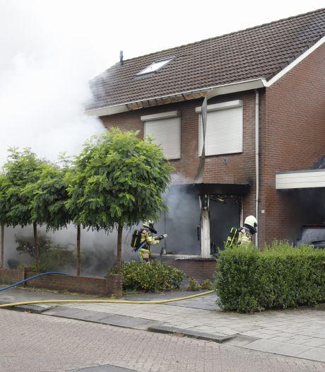 Man uit Raalte (44) stak eigen huis in brand als wraak op ex: 'Wilde niet dat zij de vruchten zou plukken van de verkoop'