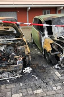 Verontwaardiging in Bredase Calandstraat na autobrand: 'Ik ben nu flink onthand'