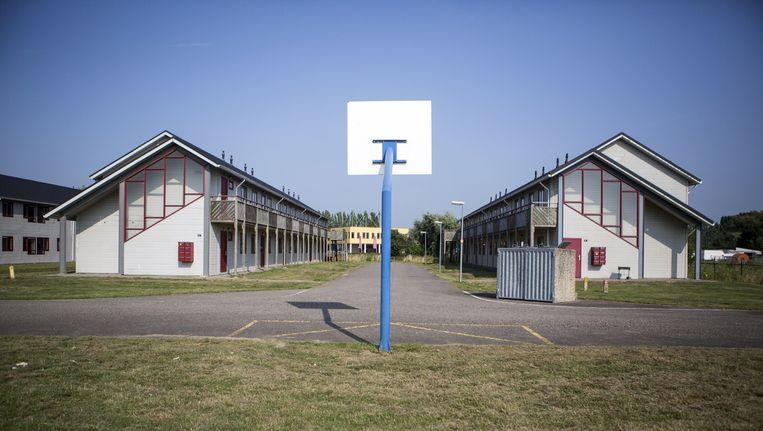 Het voormalig studentencomplex in Lent, vlak bij Nijmegen, waar nu honderd vluchtelingen uit Eritrea worden gehuisvest. Beeld Julius Schrank