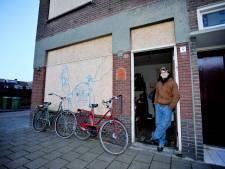 Kraken werd in 2010 illegaal: 'Nu rotten de panden in Tilburg voor onze ogen weg'