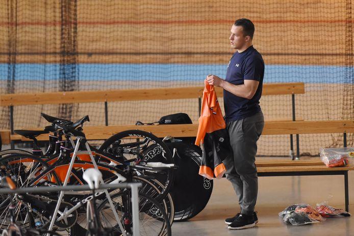 Sam Ligtlee, hier nog in voorbereiding, plaatste zich zondag voor de finale van de kilometer tijdrit op het WK Baan in Apeldoorn.