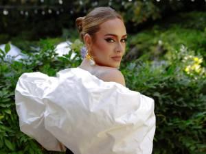 """Adele sort son nouveau single """"Easy on me"""""""