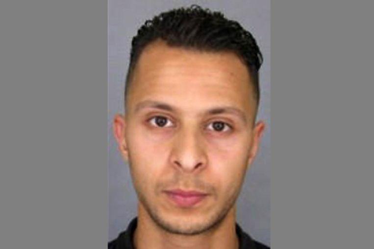 De voortvluchtige 'volksvijand nummer 1' Salah Abdeslam zou aan chauffeur Ali O. verklaard hebben dat hij een nieuw uiterlijk wilde. Beeld afp