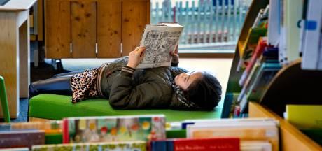 De jeugd wil echt niet meer lezen en kan het ook steeds slechter; biebs en boekhandels geven niet op