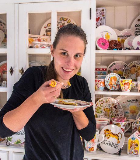 Charlene (26) heeft voor 10.000 euro aan gekleurde Blond Amsterdam items: 'Ik houd eigenlijk helemaal niet van kleur'
