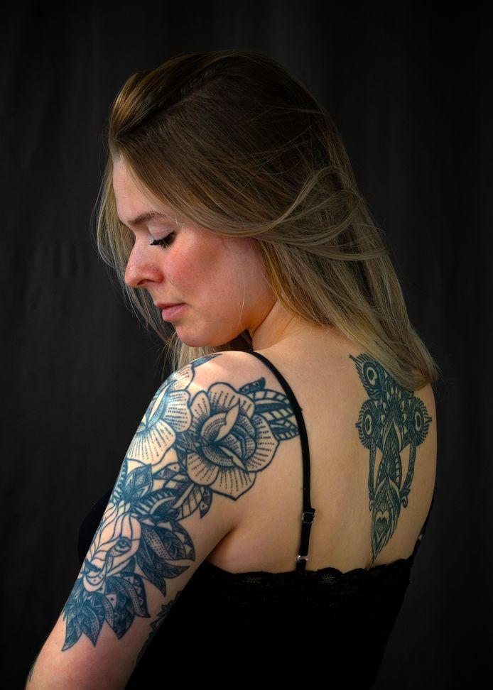Kiki Miechels voor de rubriek Mijn Tattoo en Ik.