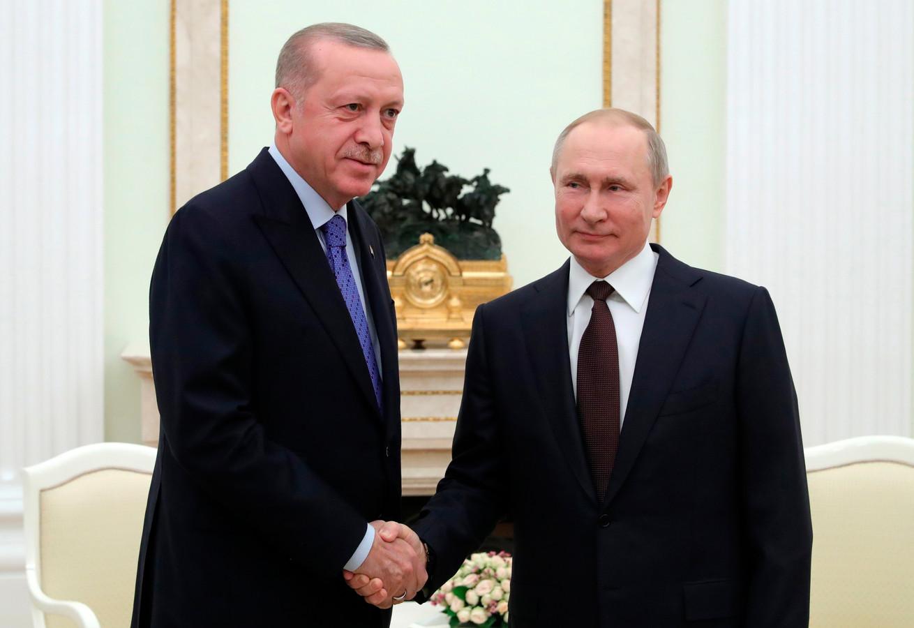 De Turkse president Erdogan ontmoet de Russische president Poetin vandaag in Moskou