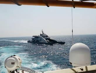 Amerikaans schip vuurt waarschuwingsschoten af op Iraanse boten