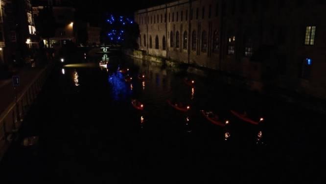 VIDEO. Nachtelijke kajaktocht door Gent zorgt voor feeërieke taferelen