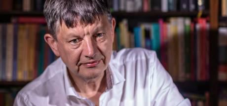 Hoogleraar Abels bestudeerde de AIVD: 'Hoop dat we dat James Bond-denken eindelijk eens achter ons laten'