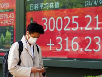 Japanse beurs fors lager door heropleving viruszorgen