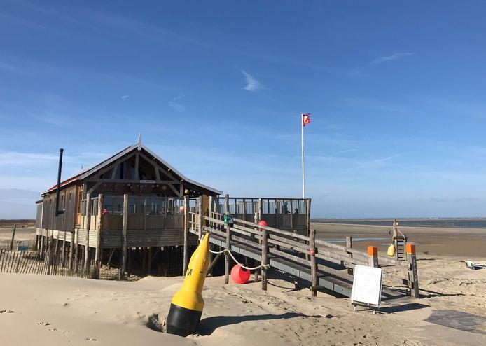 Strandpaviljoen De Zwaluw in Renesse.
