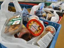 Klanten van Voedselbank Haaglanden krijgen supermarktbon