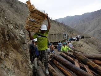 Zestien mijnwerkers komen om bij busongeval in Peru