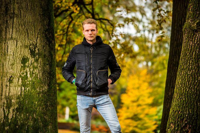 Marcel van der Molen was verslaafd aan 3-MMC. Hij wil met zijn verhaal anderen waarschuwen voor het gevaar van de designerdrugs.