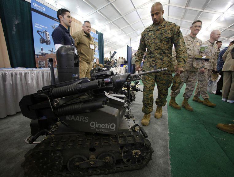De MAARS (Modular Advanced Armed Robotic System) is een klein tankje. Beeld reuters