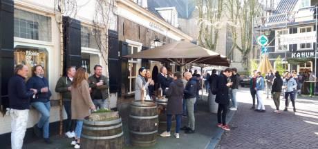 Terrassen in Breda al na halfuur ontruimd, geen boetes uitgedeeld