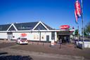Supermarkt Jan Linders in Helmond afgezet na poging plofkraak.