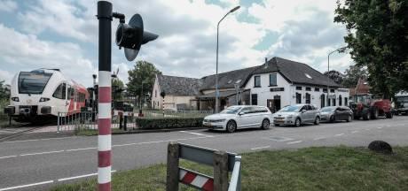 Café P8 in Terborg was net open, maar deuren gaan op slot na handgemeen van eigenaar met boa's