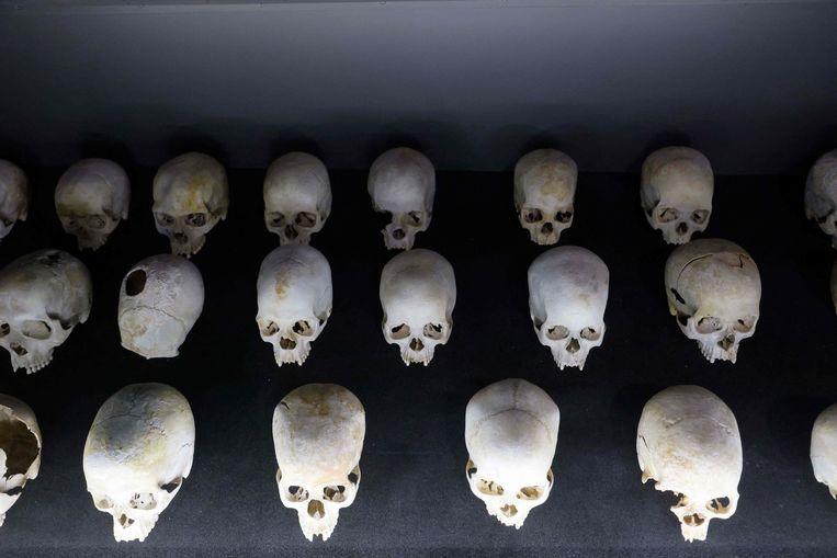 Schedels van slachtoffers van de Rwandese genocide in het Kigali Genocide Memorial. Beeld AFP / Ludovic Marin
