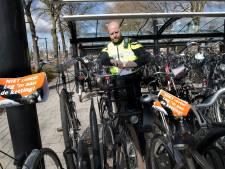 Actie tegen fietsdiefstal begint op de plek waar dit het meeste voorkomt: station Zevenaar