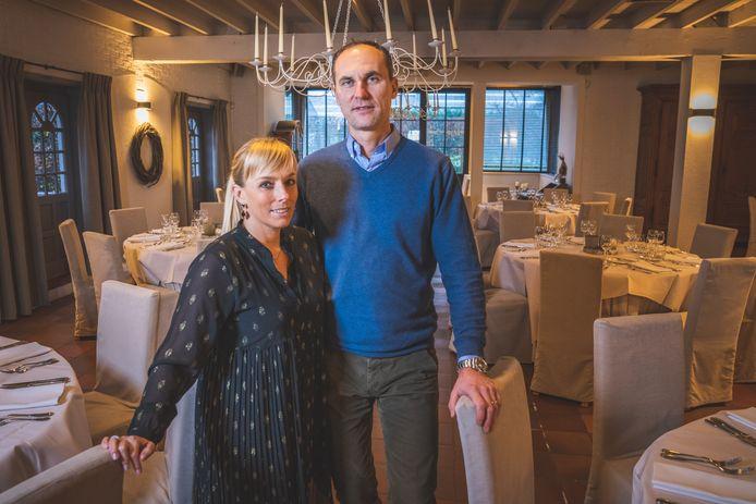 Sylvie Van Hootegem en Michael De Koninck van Feestzaal Geuzenhof wensen geen auteursrechten te blijven betalen voor muziek die niet wordt gedraaid.