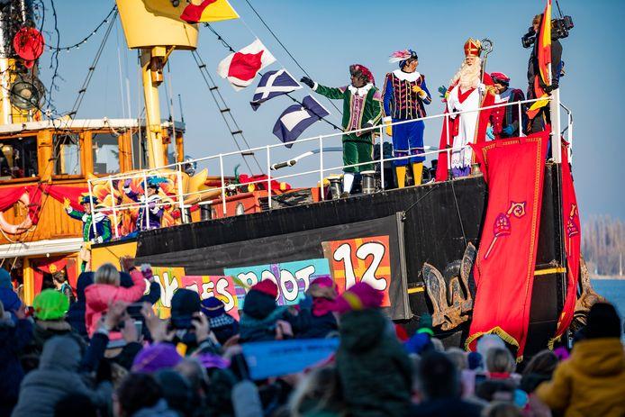 Sinterklaas arriveerde vorig jaar nog per boot in Zaanstad.