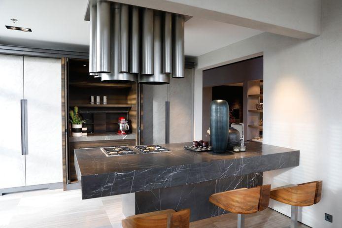 Nederland Klust Erop Los Verkoop Keukens Vloeren En Doe Het Zelf In De Plus Wonen Bd Nl