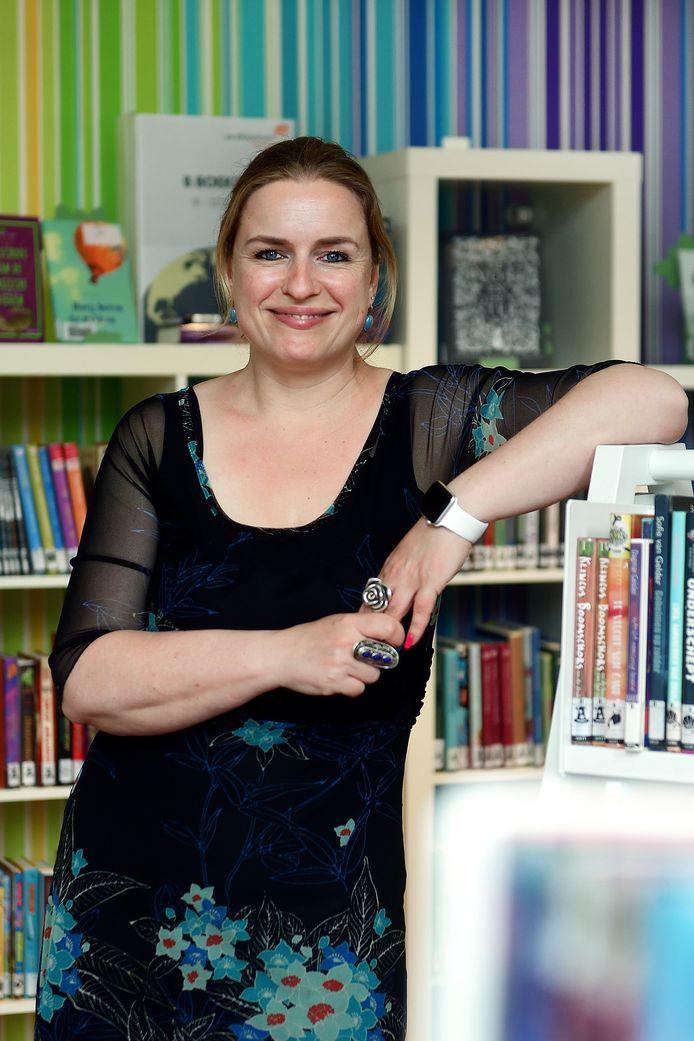 Roos Herman is nu een half jaar directeur-bestuurder van Bibliotheek West-Brabant