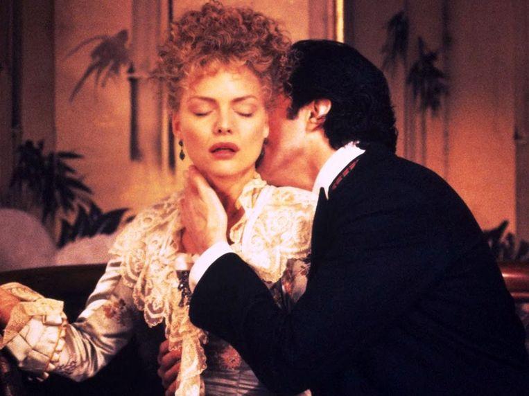 Michelle Pfeiffer en Daniel Day-Lewis in The Age of Innocence. Beeld