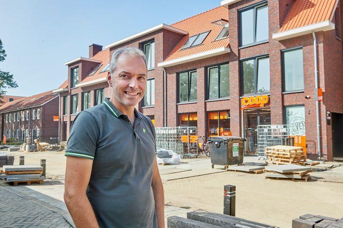 Rob Kanters is de eigenaar van de nieuwe Coöp-supermarkt in Venhorst