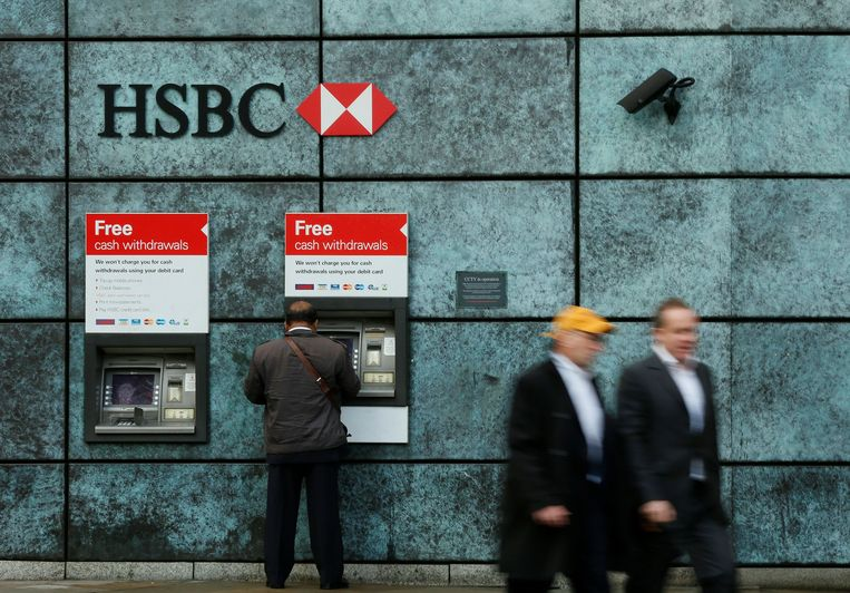 HSBC, de grootste bank van Europa, zou ondanks dreiging met vervolging betrokken zijn gebleven bij verdachte transacties. Beeld REUTERS