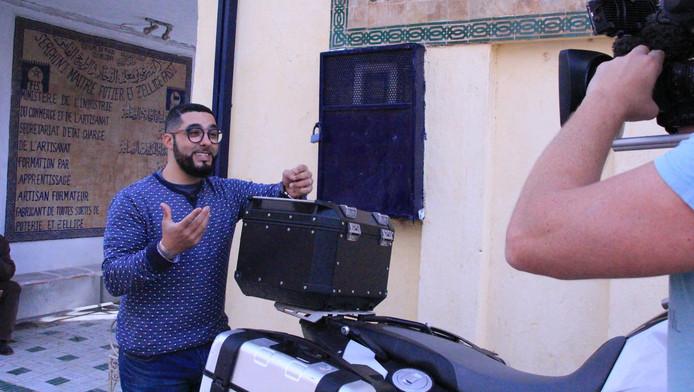 Mounir Toub voor de camera in het land van zijn roots.