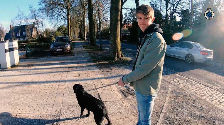 Een dag in het 'lockdown-leven' van Charles De Ketelaere ...