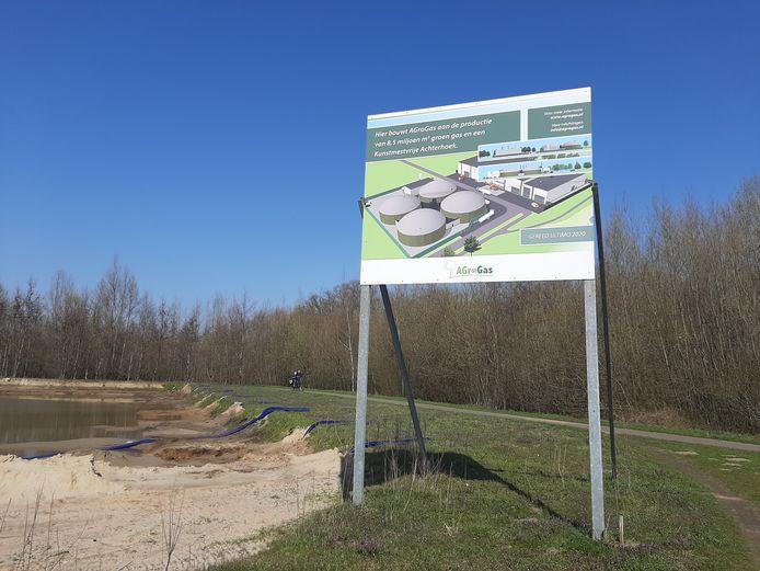 De mestvergister van Agrogas zou moeten komen op bedrijventerrein Hofskamp Oost in Varsseveld, maar dat gaat niet meer door.