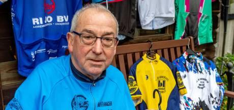 Piet Kil fietst al 50 jaar met toerclub De Grensrijders: 'Ik geniet van zondag naar zondag'