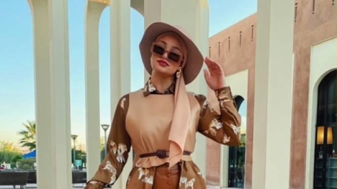 Meer dan 1 miljoen volgers op TikTok, maar nog onbekend in ons land: Oulfa is een gigantisch stijlicoon binnen de modest modewereld