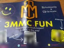 Inwoners Hof van Twente krijgen flyer met reclame voor partydrug 3-MMC door de brievenbus