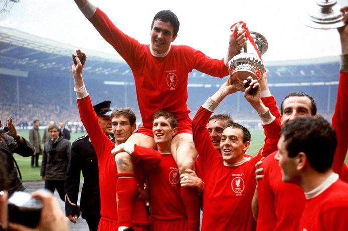 Ian St John avait offert à Liverpool sa première Cup, il s'en est allé à l'âge de 82 ans.