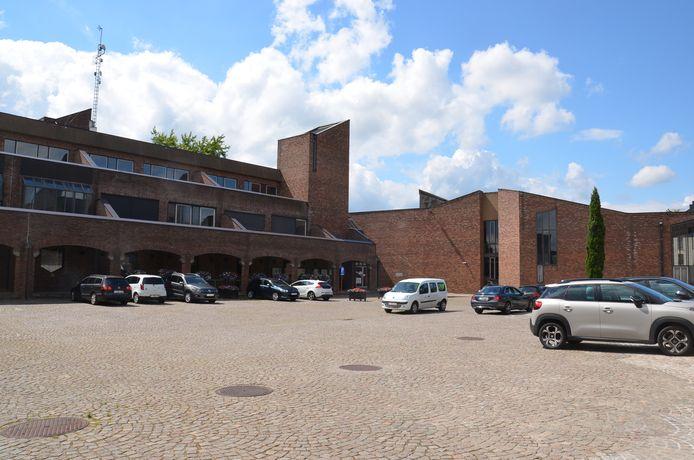 De binnenkoer van het stadhuis van Ninove.