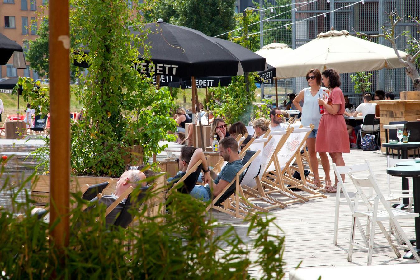 Zomerbar Bar Noord in Park Spoor Noord (archiefbeeld uit 2018).