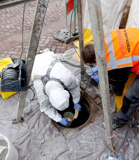 Riool in Tolkamer gerenoveerd: aannemer adviseert wc-bril te verzwaren