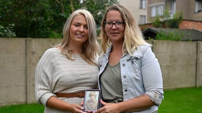 """Oproep van zussen voor info over overleden moeder loont al meteen: """"We zijn zo dankbaar voor de vele hulp"""""""