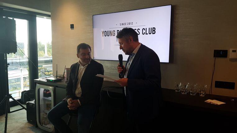 Mogi Bayat naast Björn Adins, voorzitter van de Essevee Young Business Club
