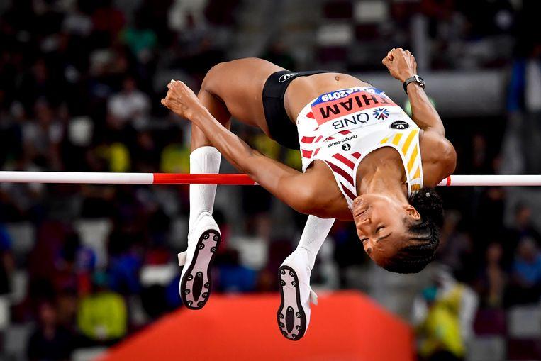 Thiam ging bij het hoogspringen over 1, 95m. Niet slecht, maar toch centimeters onder haar recordlengte. Beeld BELGA