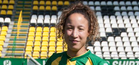Weer tegenslag voor Sharona Tieleman: 'Als ik het plezier in het voetbal maar weer terug kan vinden'