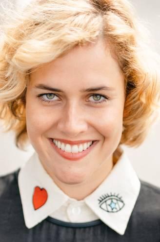 """COLUMN. Ine Nijs, hartsvriendin van Lara Switten: """"Ik ben pro happy tears. Wenen voor de schone dingen des levens"""""""