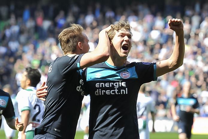 Sam Lammers tikte de 1-1 binnen voor PSV.